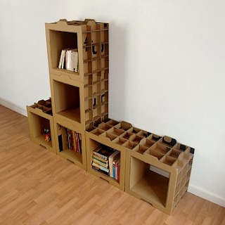 800gr Bookshelf by french designer Dany Gilles is made of stackable cardboard cases. Light and modular.