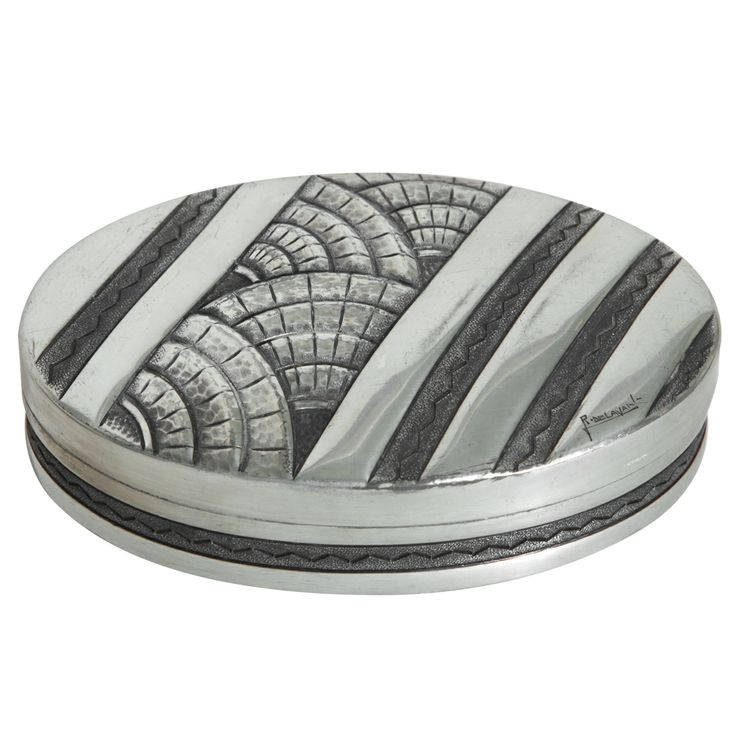 1stdibs.com - Home Accessories | Art Deco Dinanderie Pewter Box by René Delavan