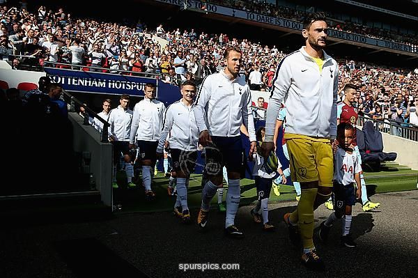 LONDON, ENGLAND - AUGUST 27: Hugo Lloris of Tottenham Hotspur leads his team out prior to the Premier League match between Tottenham Hotspur and Burnley at Wembley Stadium on August 27, 2017 in London, England