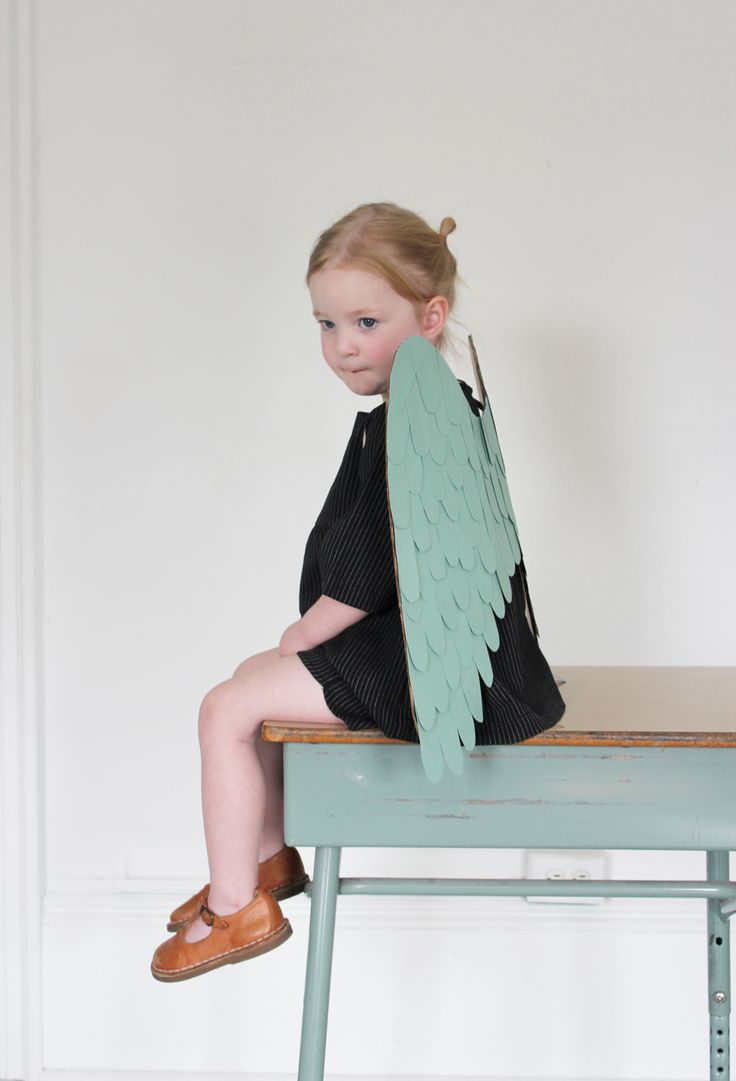 DIY Cardboard Paper Wings Tutorial. Could be great for making angel wings for Christmas.