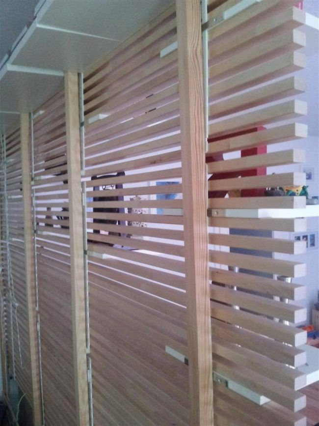 ikea mandal bett kopfteil umbauen wohnzimmer wandregale anleitung raumteiler luftig wand. Black Bedroom Furniture Sets. Home Design Ideas