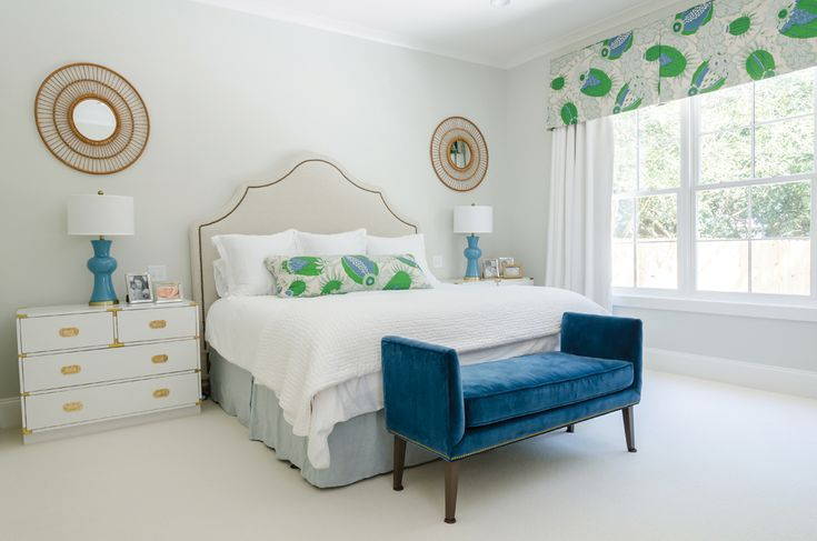 neutral bedroom with pops