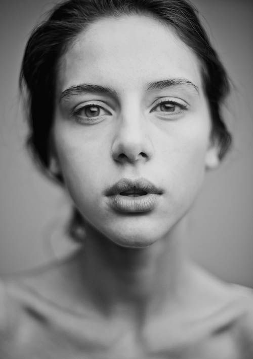 Awesome Black and White portraits  Shallow depth of filed