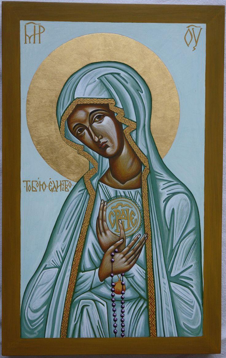 Matka Boska Fatimska. Deska 40x25 cm. Nimb złoto na pulmencie. Tempera. Pracownia Ikon Serca Jezusowego w Tarnowie Podgórnym.