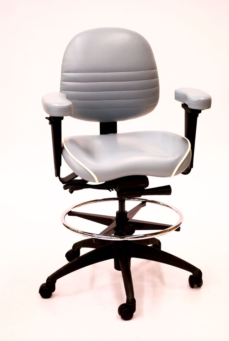 LIFEFORM 8594 Task Contour with Foot Ring and Petite Contour Seat.