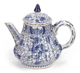 A Dutch Delft blue and white chinoiserie teapot and cover, mid-18th century