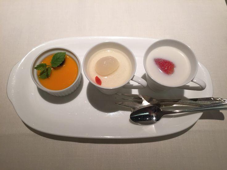 マンゴープリン、杏仁豆腐、タピオカココナッツミルク@帝国ホテル北京