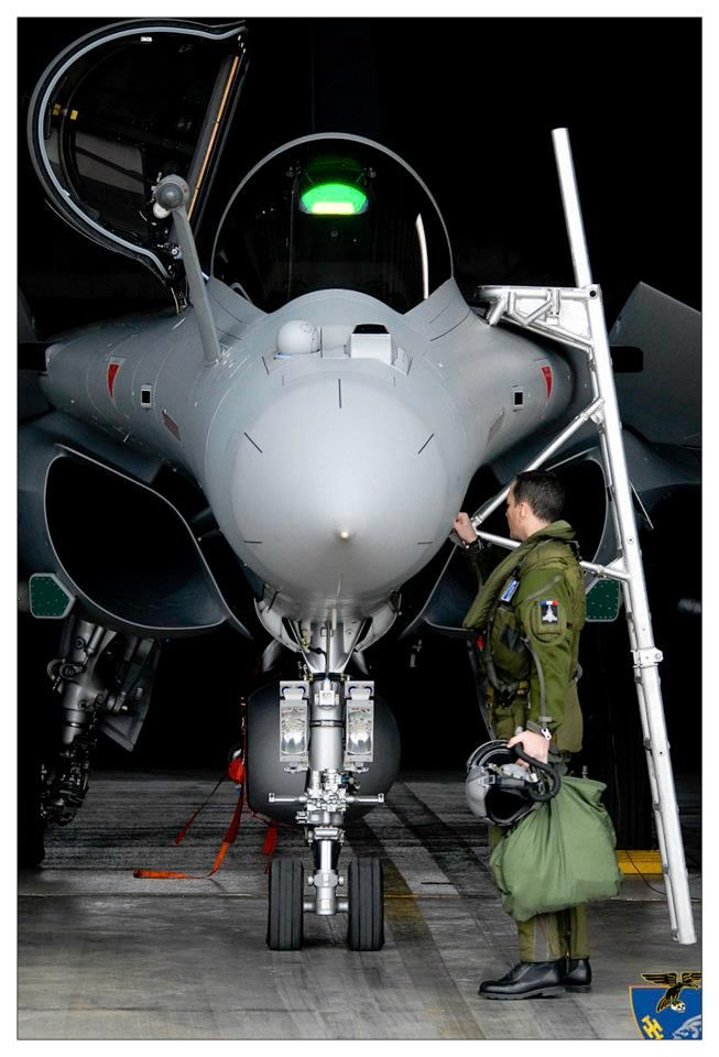 Rafale. Even the ladder is hi-tech.