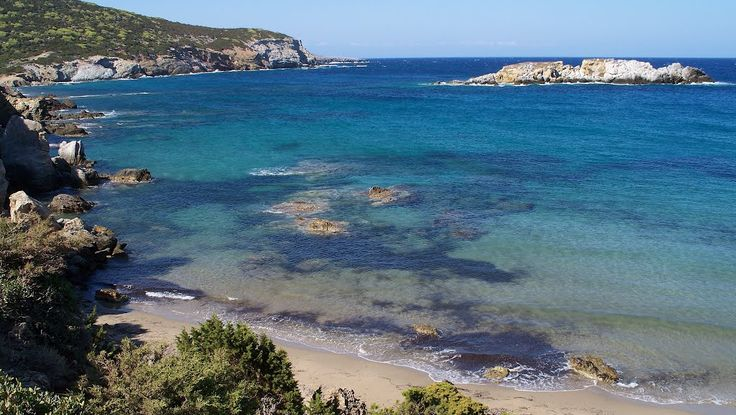The city of Skyros in the eastern part of the island of the same name is the best place for shopping or just to stroll along the narrow stone streets. Besides the small eateries have enough studios for handmade souvenirs. North of the city there are several lonely beaches that have no names and there is no asphalt road, but with good will can walk before sunset.Click to close image, click and drag to move. Use arrow keys for next and previous.
