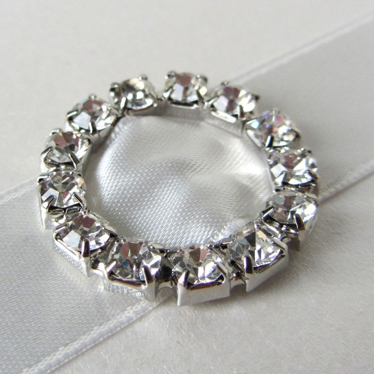 Mini Round Diamante Buckle