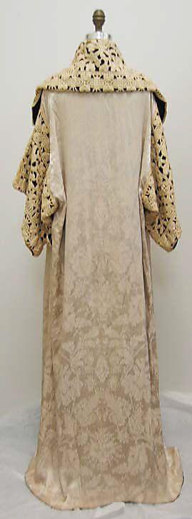 Opera coat Paul Poiret  (French, Paris 1879–1944 Paris)   Date: 1911 Culture: French Medium: silk. Back