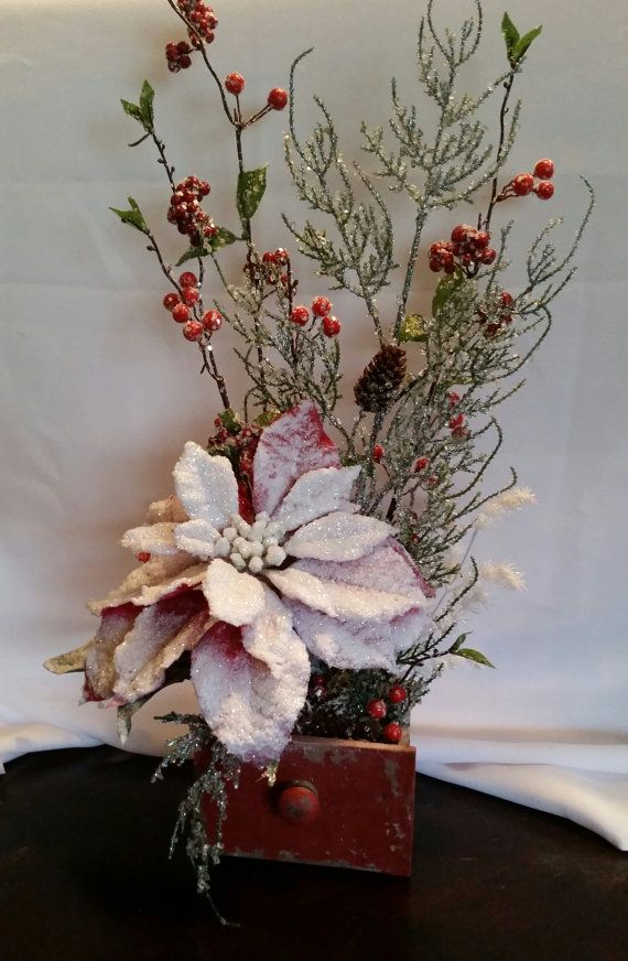 Poinsettia christmas arrangement by triplemhandmadecraft for Poinsettia arrangements