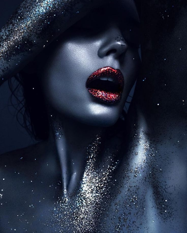 Marlen Fjeldstad by Desiree Mattsson & MUA Sissel Fylling glitter
