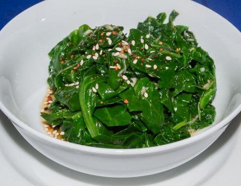 Koreanischer Spinatsalat - Rezept - ichkoche.at