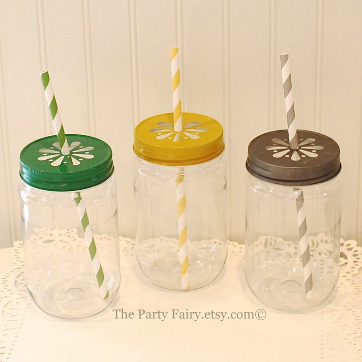 Plastic Mason Jars, 6 Plastic Mason Jars w/Daisy Lids, Plastic Jars, Mason Jar Cups Glasses, Wedding Mason Jars, Baby Shower Favors, Rustic by ThePartyFairy on Etsy https://www.etsy.com/transaction/1026536861