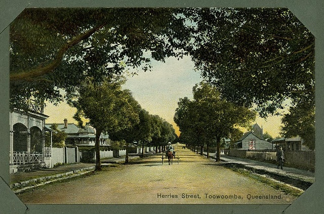 i used to live near the top of the street.  Herries Street, Toowoomba