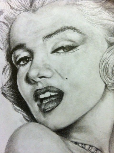 Some like it hot. by ~EatCake23 on deviantART || This image first pinned to Marilyn Monroe Art board, here: http://pinterest.com/fairbanksgrafix/marilyn-monroe-art/ ||