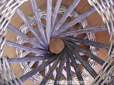 Samuroke tejido en bejuco de mamure y madera mawa por artesanos Piaroa.  ( Vichada - Colombia) Conoce más de nuestro trabajo en Mambe.org!