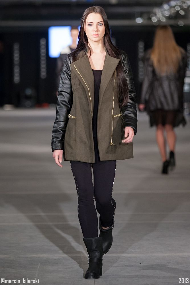 CARRY FASHION SHOW COLLECTION A/W