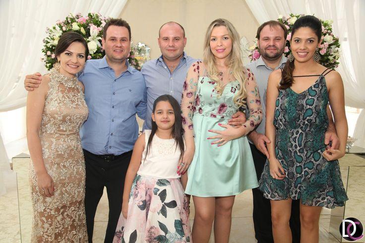 Daniel Coutinho - Thais Zavadzki e Mauricio Wegner celebram união em uma cerimônia linda e delicada - Casamentos - Coberturas