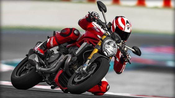 2014 Ducati Monster 1200S on the track