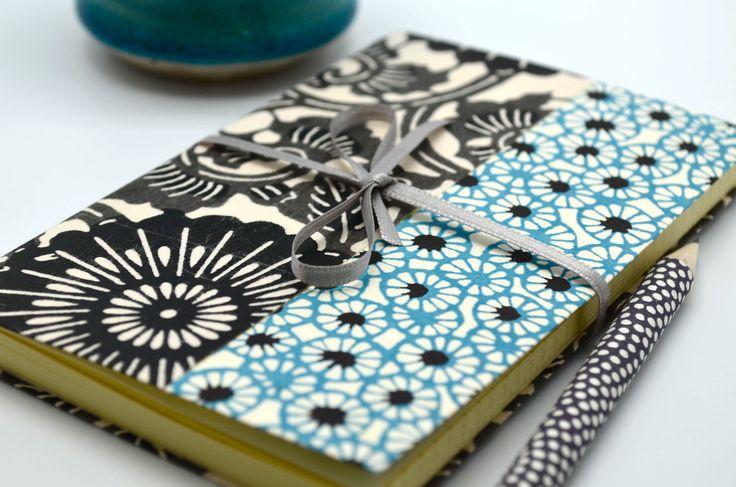 Carnet souple en papier japonais katazome, modèle bleu ciel et gris : Carnets, agendas par tangram
