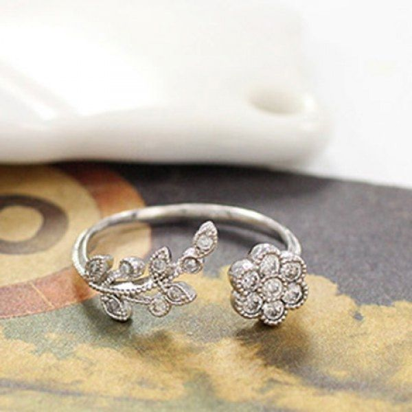 1.85$  Watch here - http://dief2.justgood.pw/go.php?t=198112602 - Rhinestone Floral Tree Leaf Cuff Ring