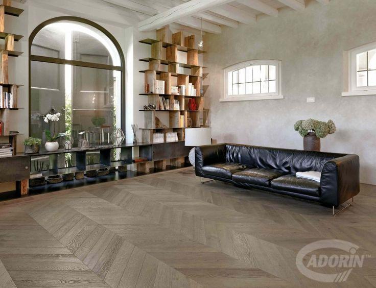 Rovere Grigio Sabbia Cadorin Parquet Spina listoni tre strati. Planks three layers Grey oak.