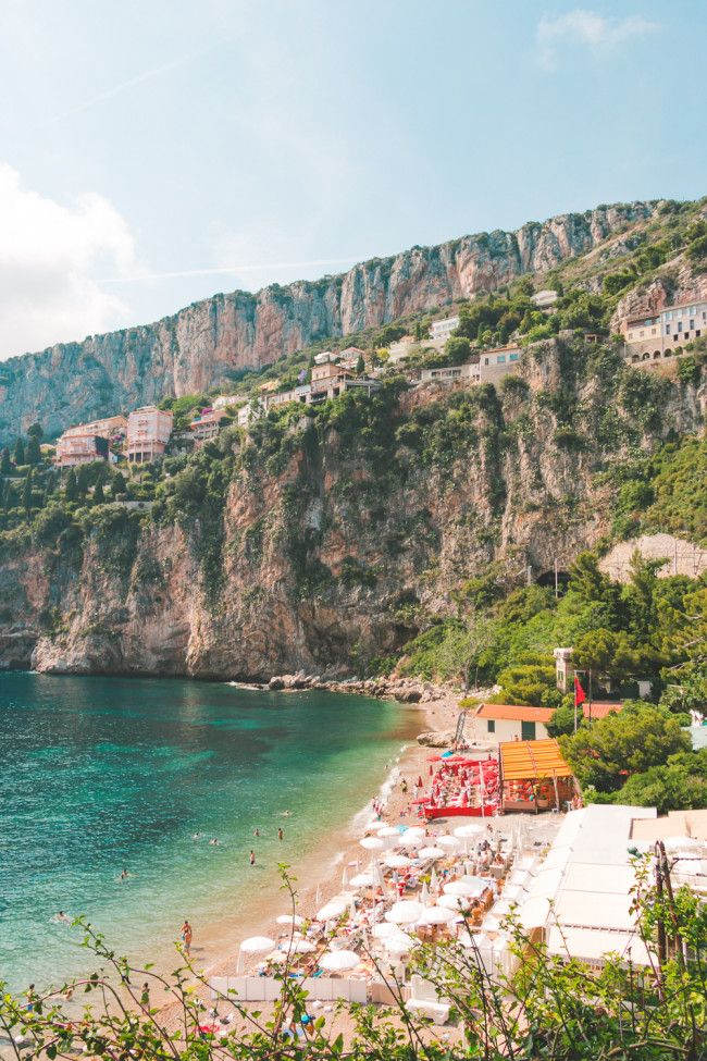 A hidden beach in Cap d'Ail between the Grand-Hôtel and Monaco (via TheOverseasEscape)