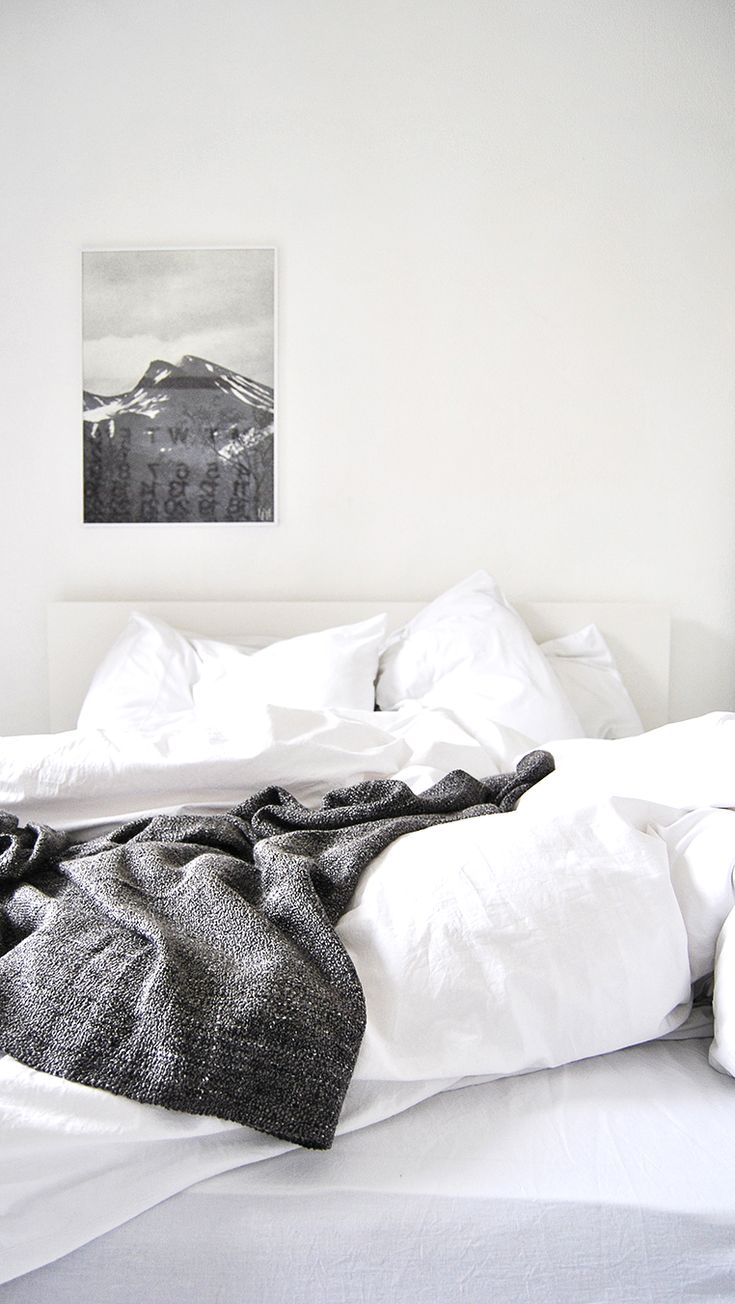 Black and white bed sheets tumblr - I Love Unmade Beds After All You Live In The House Why Not Just Jump In When You Feel Like It