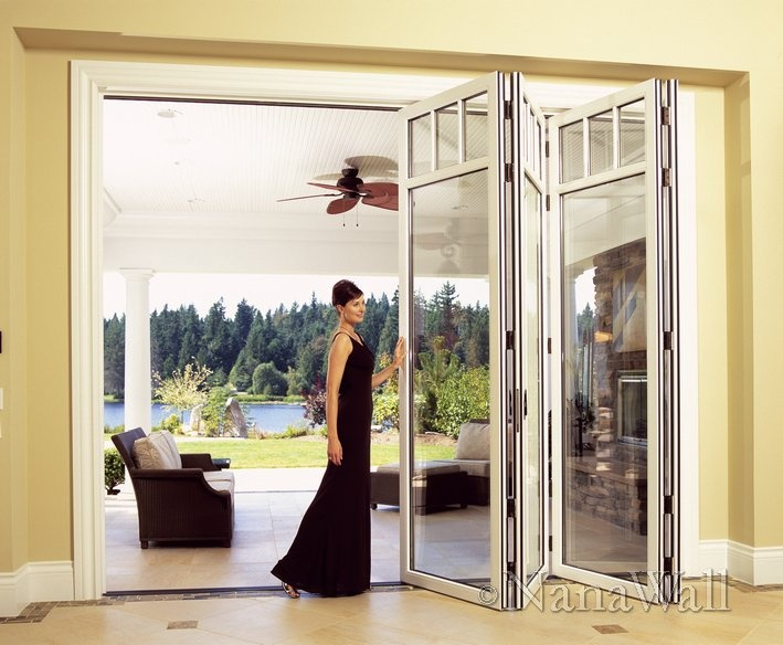 Folding glass wall to enclose back porch back porch for Collapsible glass wall
