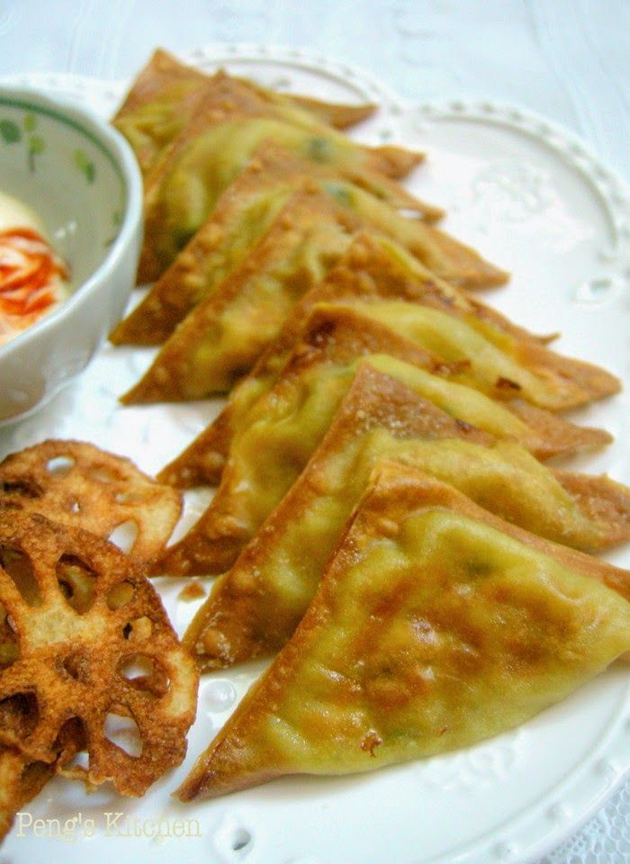 Most deep fried wonton usually contained fillings like minced pork or prawn. Have you try using mashed potato as the main ingredients? Such...
