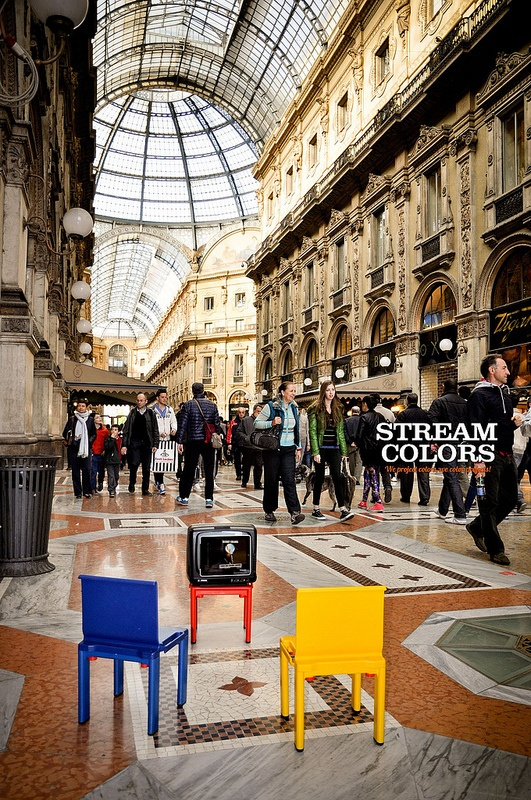 Streamcolors Viral Exhibition in Milan
