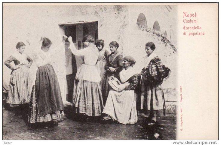 Napoli Costumi. Tarantella di popolane, early 1900´s