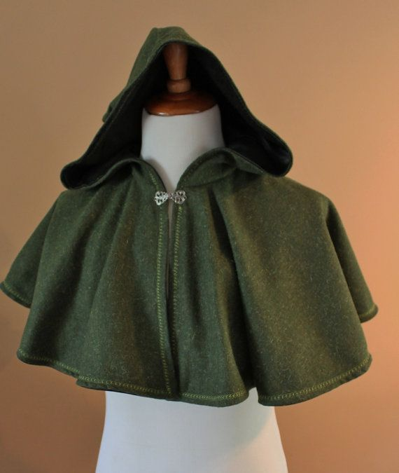 Green Wool Elven Archer Cape Capelet Tudor Medieval Forest Renaissance Costume Game of Thrones Cloak