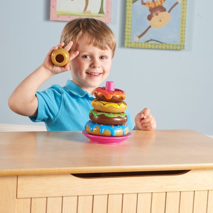 Learning Resources' Stack 'em up Doughnuts is the yummiest stacking toy for toddlers! Manufactured by Learning Resources. Recommended for 12 to 24 months, 2 years.