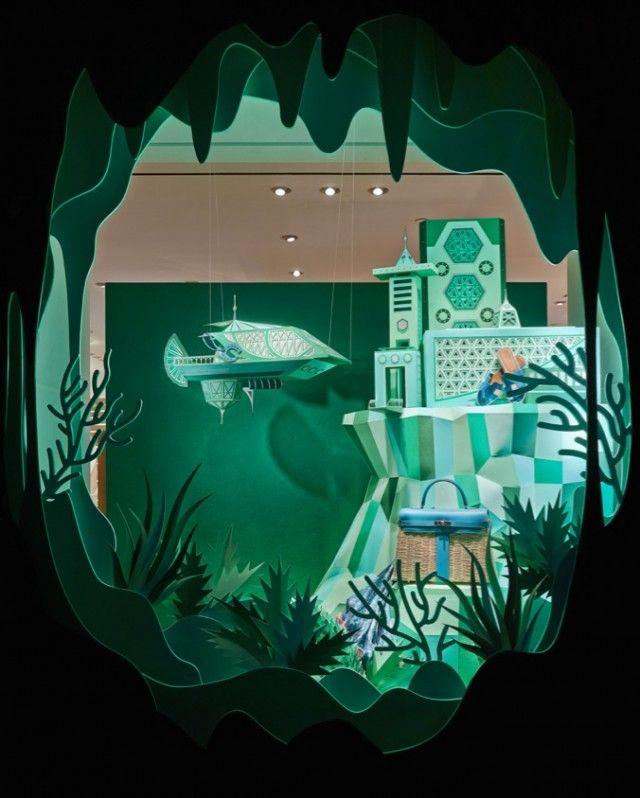 Voici ce nouveau projet du duo français Zim And Zou qui a réalisé la vitrine de la boutique d'Hermès à Beverly Hills. Intitulée « Atlantis », ces superbes créations tout en collages nous plongent dans de superbes cités aquatiques.