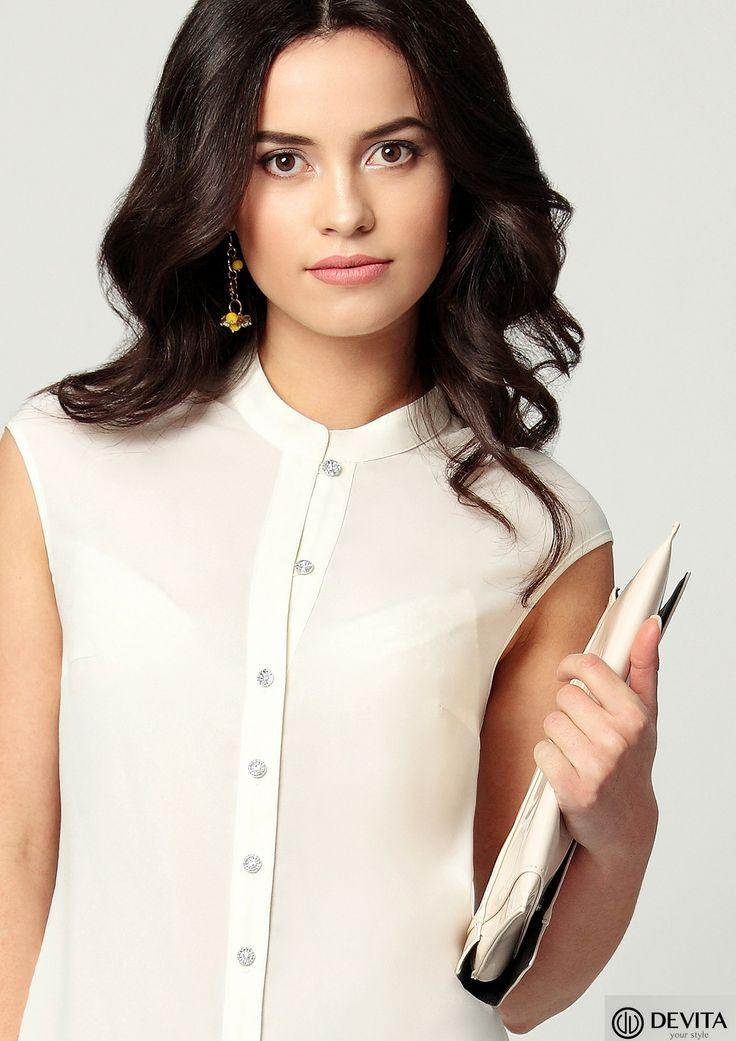 Блузка приталенного силуэта, из легкого струящегося шелка отлично комплектуется как с брюками, так и с юбкой. Оптовые или совместные покупки сайт http://www.devitabel.ru  Наряд в розницу, интернет-магазин http://3talii.by