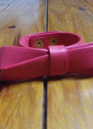 A vendre sur #vintedfrance ! http://www.vinted.fr/accessoires/bracelets-and-joncs/13585324-bracelet-rouge-cuir