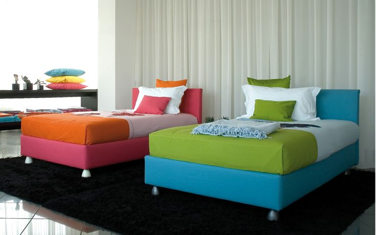 "Bed with simple and essential lines // Letto dalle linee semplici ed essenziali (Letto matrimoniale / Double Bed ""Notturno 2"" by Flou) #Beds #Bedroom #Letto #InteriorDesign #HomeDecor #Design #Arredamento #Furnishings #kids #child #children #baby #colors #colourful #colorful"