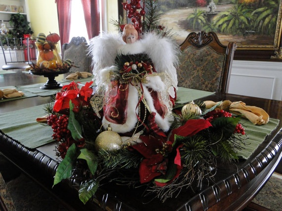 Angel with Wreath by LilaEveCrafts on Etsy, $60.00