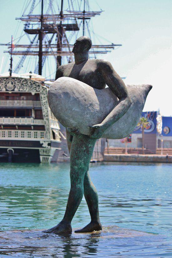 Puerto Deportivo, Alicante: Lees beoordelingen van echte reizigers zoals jij en bekijk professionele foto's van Puerto Deportivo in Alicante, Spanje op TripAdvisor.