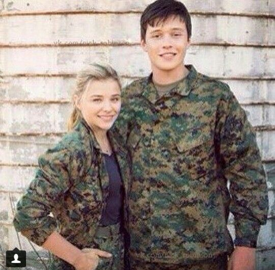Cassie & Ben. 5TH WAVE
