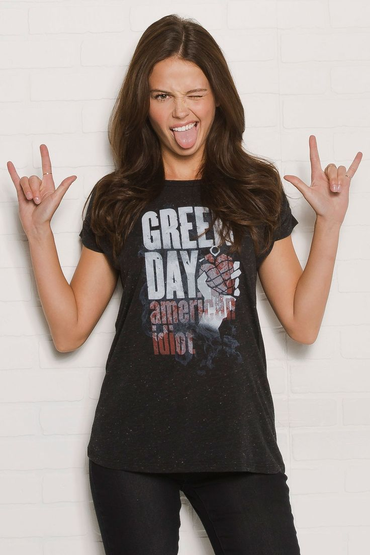 'Green Day' Licensed Graphic Tee $17.99