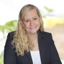 Hej jag heter Lina Hedström och jobbar som mäklare på Notar Bromma & Spånga. Andra områden jag är proffs på är Ekerö med omnejd.