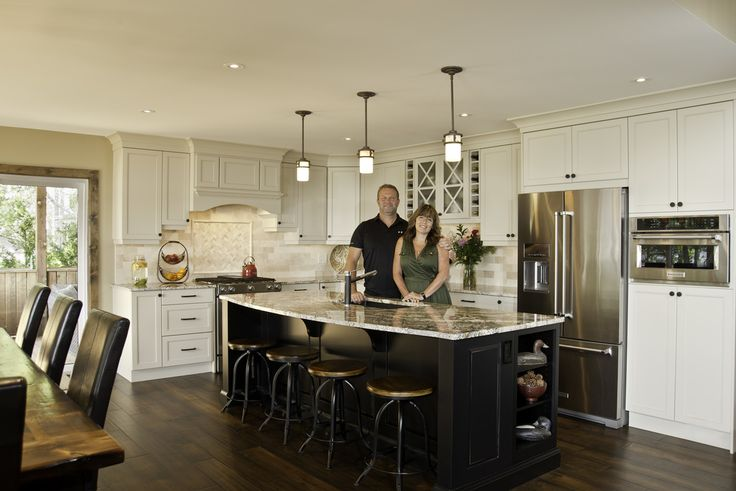 A sample of commercial photography projects, shot for home builders, magazines, small business and more.
