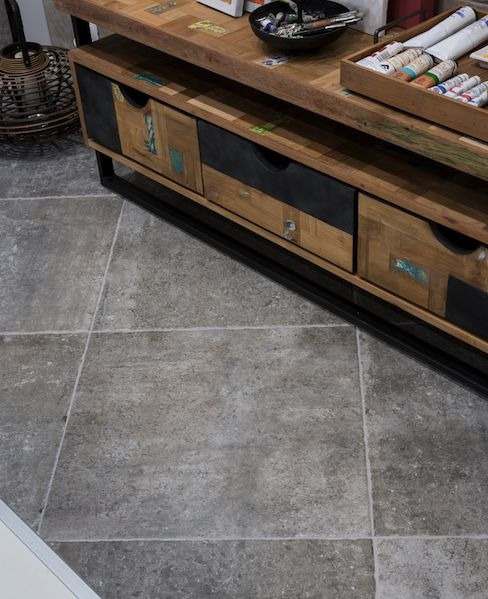 Dom ceramiche evoque booth 4806 inspired by cathedral for Carrelage slim tile