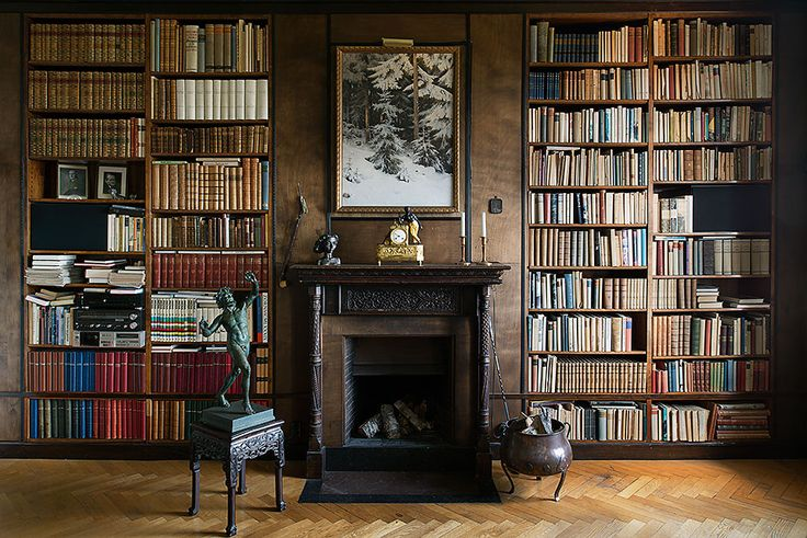 Room With Book Shelf