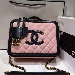 c02c157625c0 Chanel CC Filigree Vanity Case Bag Pink Grained Calfskin A93343 ...
