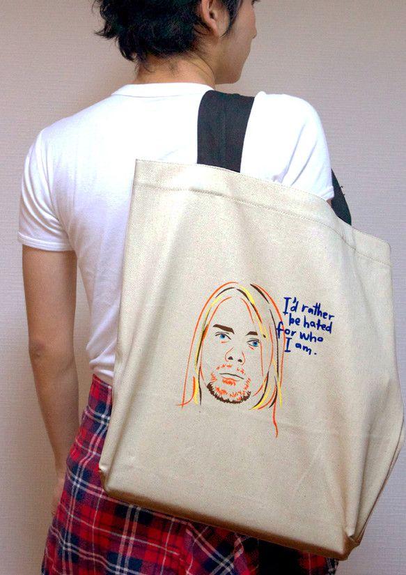 有名なアイコンとそれぞれの名言。キミを表現するのは、どれ?このキャンバスバッグで自分の「philosophy」をみんなに見せよう!KURT COBAIN(カー...|ハンドメイド、手作り、手仕事品の通販・販売・購入ならCreema。